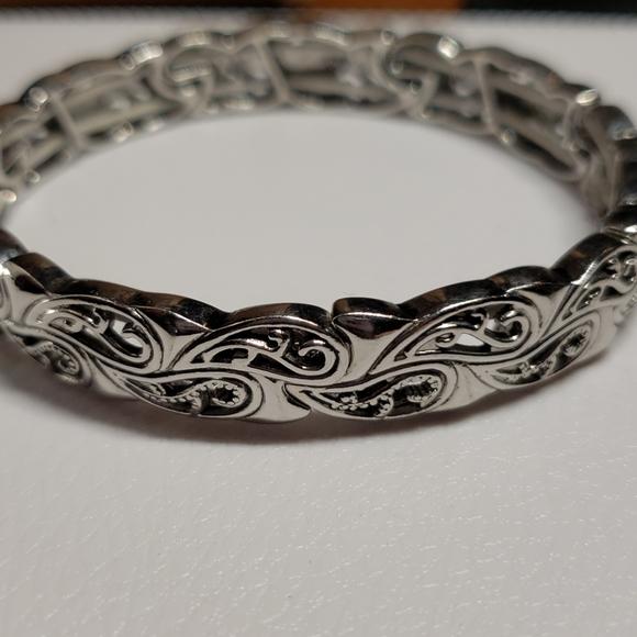 Lia Sophia Jewelry - Lia Sophia Brocade Stretch Bracelet (retired)